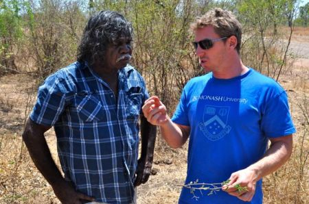 David and Tom discuss an old weedy and prickly friend:  'moorrooloombong' or Acacia farnesiana